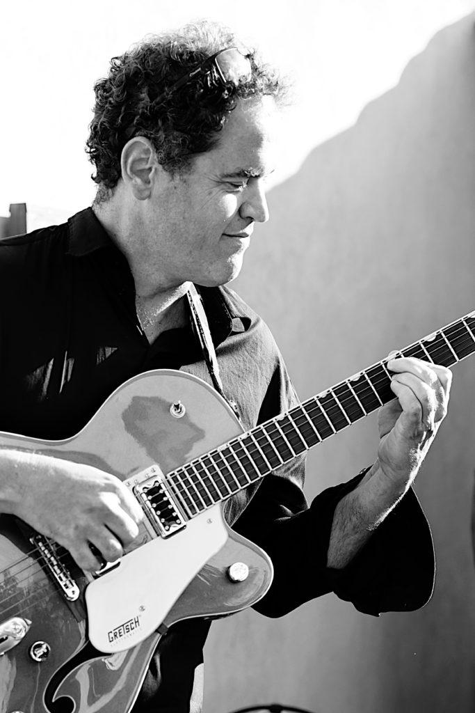 Jf Casaurang, photographe spécialisé dans la photo de groupes de musique et de musiciens dans le Gard, le Vaucluse et les Bouches du Rhône